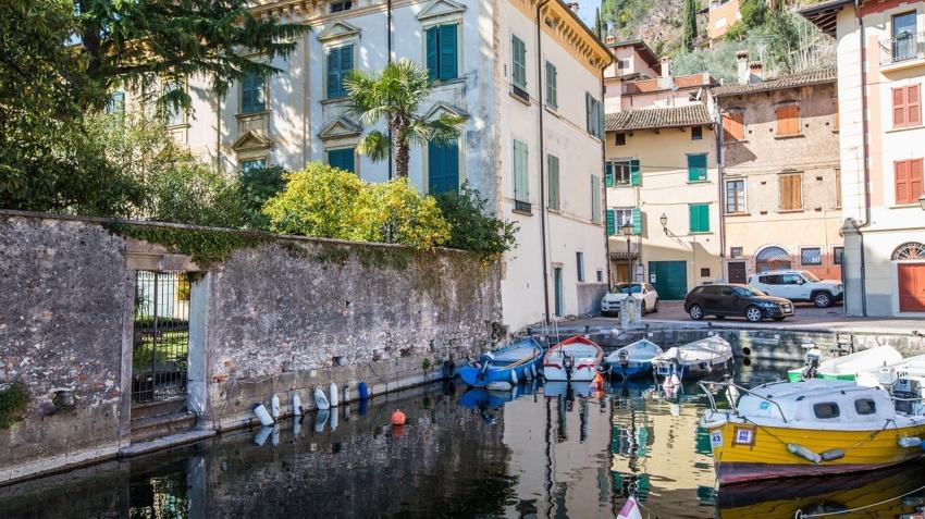 Lucia apartments a toscolano maderno vacanze da sogno al lago di garda da 112 - Hotel giardino toscolano maderno ...