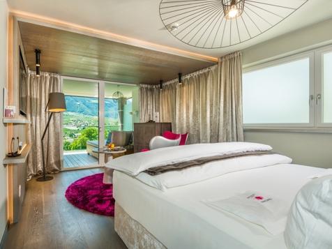 Comfort Room Pink Love-1