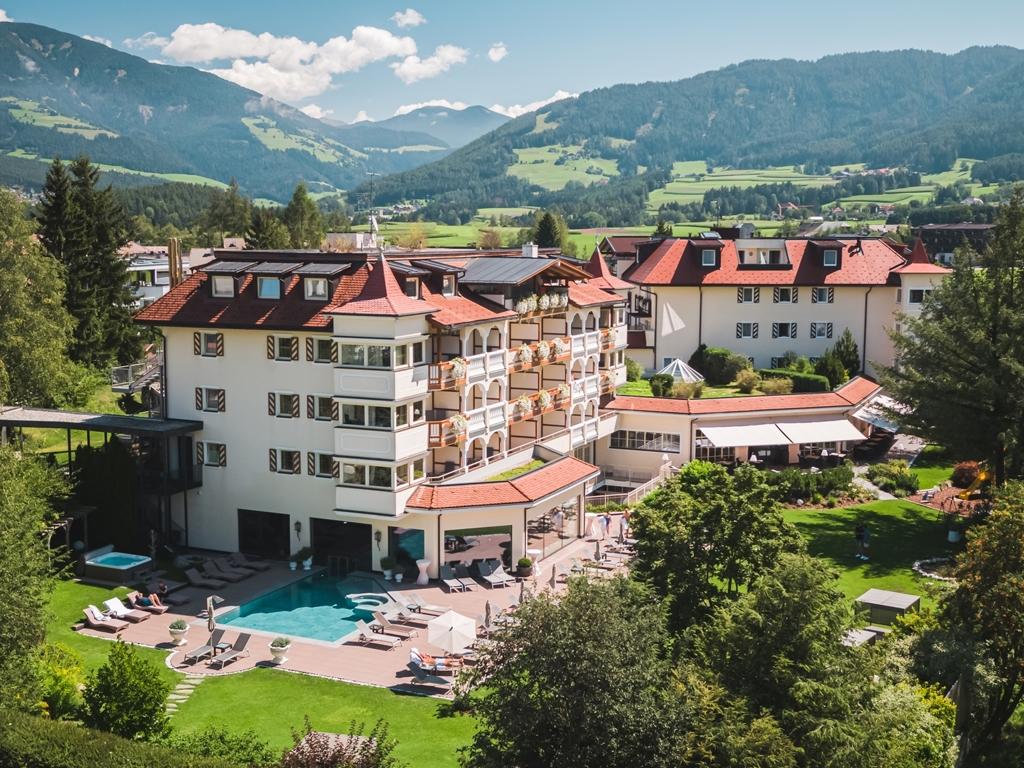 majestic hotel spa in pustertal die besten hotels in. Black Bedroom Furniture Sets. Home Design Ideas