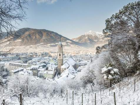Meran covered in snow