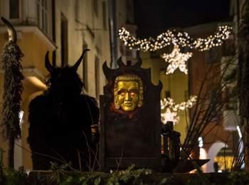 Nikolaus- und Krampusumzug in Brixen