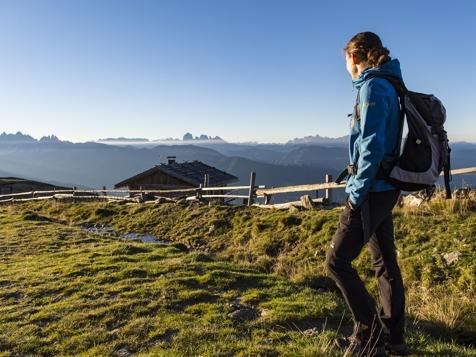 Urlaubsangebote Trekking und Wanderwoche mit Dolomitenblick