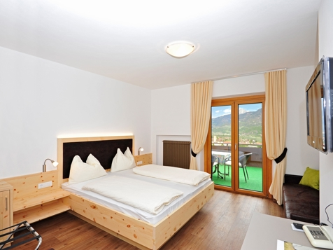 Panorama-Doppelzimmer mit Terrassenbalkon-1