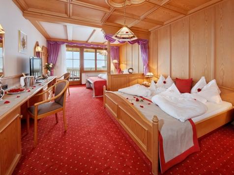 Superior Doppelzimmer mit Balkon und Gartenblick-2