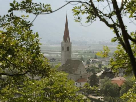 Parish church in Niederlana