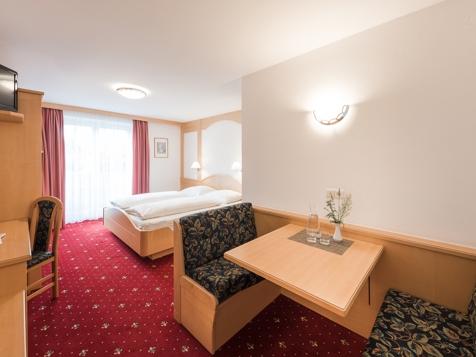 Doppelzimmer Hochwart im Hotel Plauserhof***-1