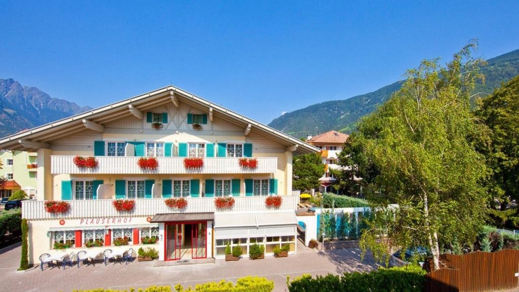 Parkhotel plauserhof in plaus meran und umgebung www for Design hotel meran und umgebung