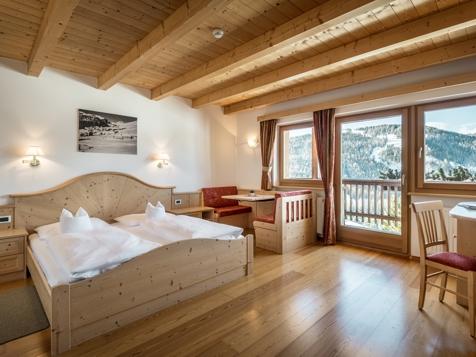 Superior Zimmer für 3 - 5 Personen mit Balkon-1