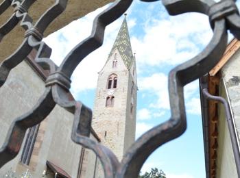 Pfarrkirche zum Heiligen Stephanus und Laurentius in Villanders
