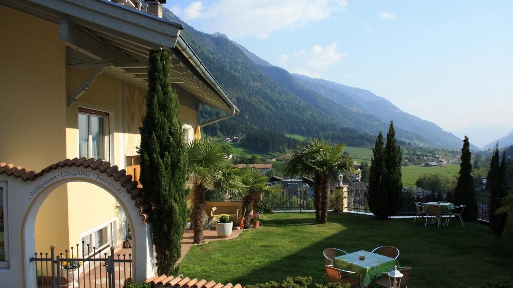 Residence k nigsrainer di san leonardo in passiria for Residence bressanone centro