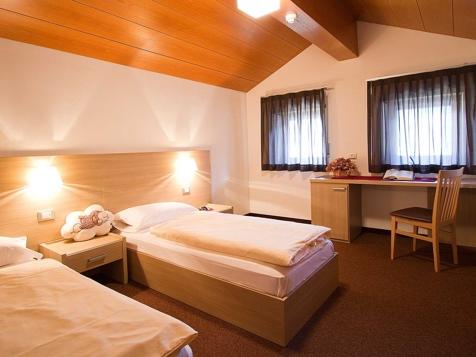 Apartment F1 + F2 - 5 Personen - 75m²-4