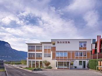 Roner – Liquors, grappas & distillates from South Tyrol