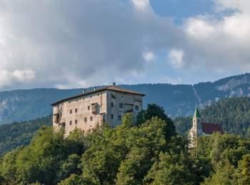 Schloss Katzenzungen in Prissian