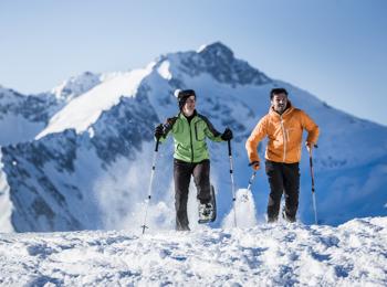 Schneeschuhwandern am Klausberg