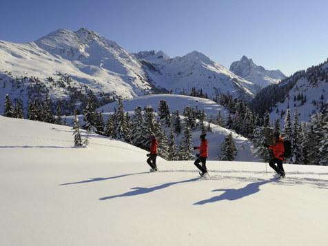 Schneeschuhwandern in St. Anton