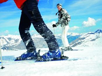 Sciare sul ghiacciaio Hintertuxer