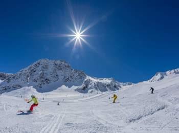 Skiing at Schnals glacier