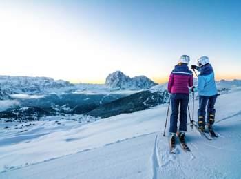 Skiing in Gröden - Seceda