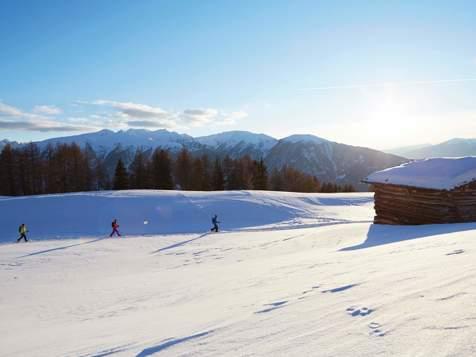 Snowshoe hiking in Lüsen