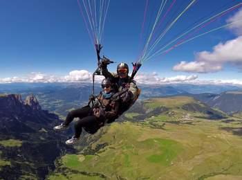 Tandem Paragliding Seiser Alm