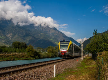 The train in the Vinschgau