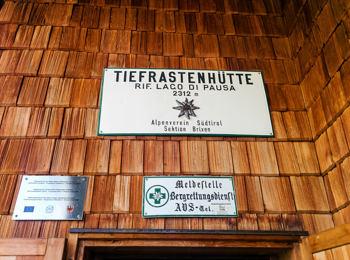 Tiefrastenhütte/Rifugio Lago della Pausa
