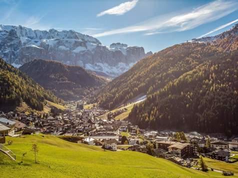 View over Wolkenstein