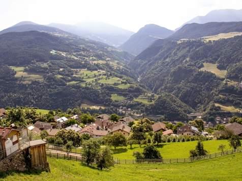 Vista da Barbiano sulla Valle Isarco