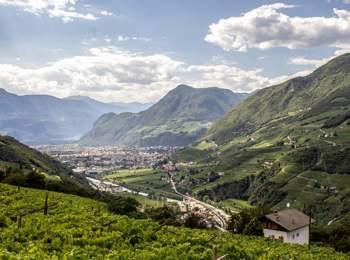 Vista da Cornedo all'Isarco su Bolzano