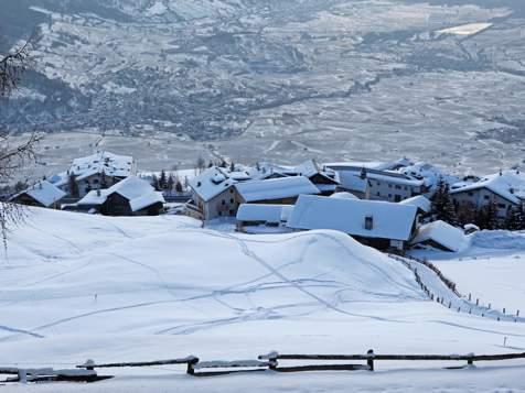 Vista su Malles in Val Venosta