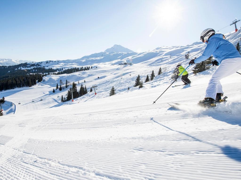image: Wellness und Skifahren